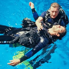 Rescue diver training, keeping diver afloat