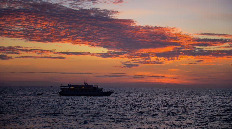 Similan liveaboard cruising at sunset